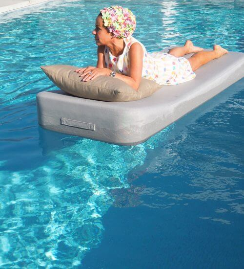 Mr Blue Sky Floating lounger