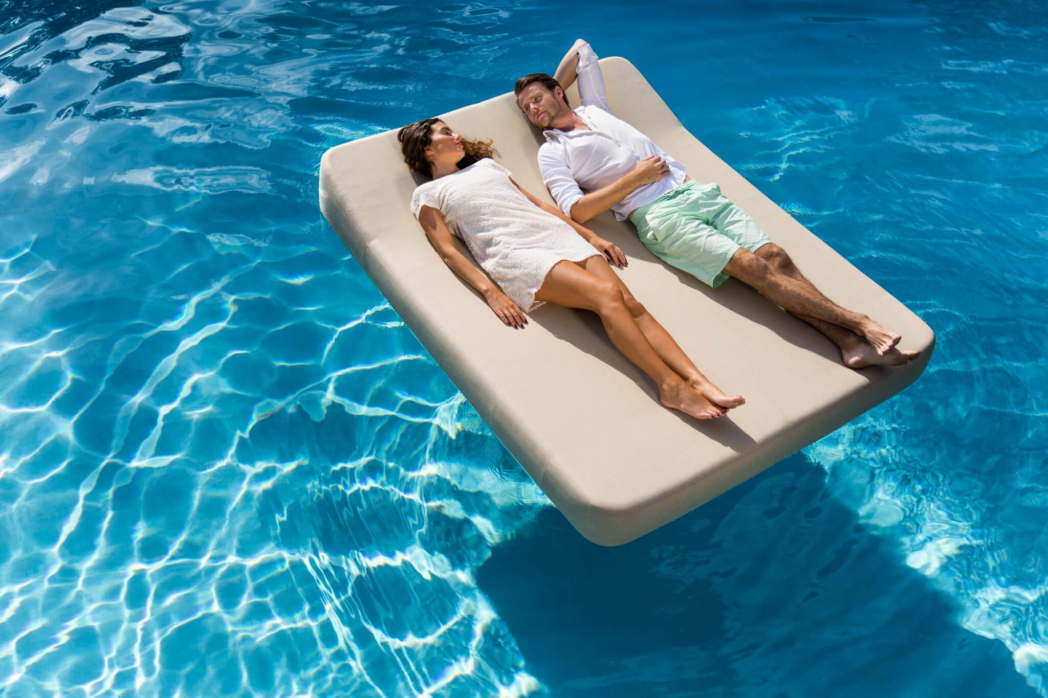 Jackie twin floating lounger grey person float mr blue sky