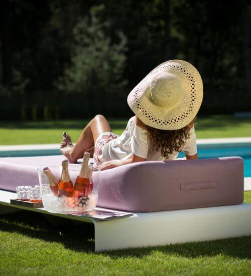 Luxury outdoor daybed