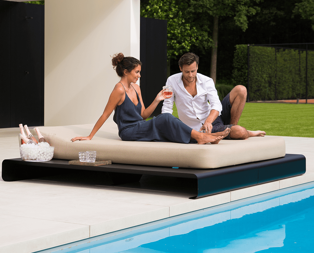 Lucille outdoor daybed base black mr blue sky
